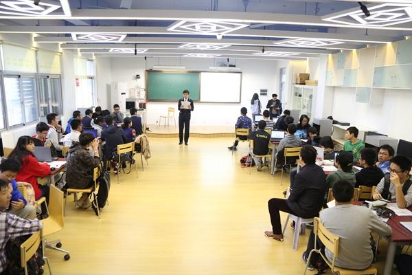 Mankati为上海市实验学校打造STEM教育3D打印实验室